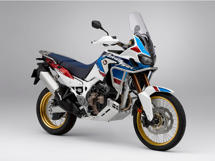 CRF1000L-Africa-Twin-Adventure-Sports-DCT-18-e-03